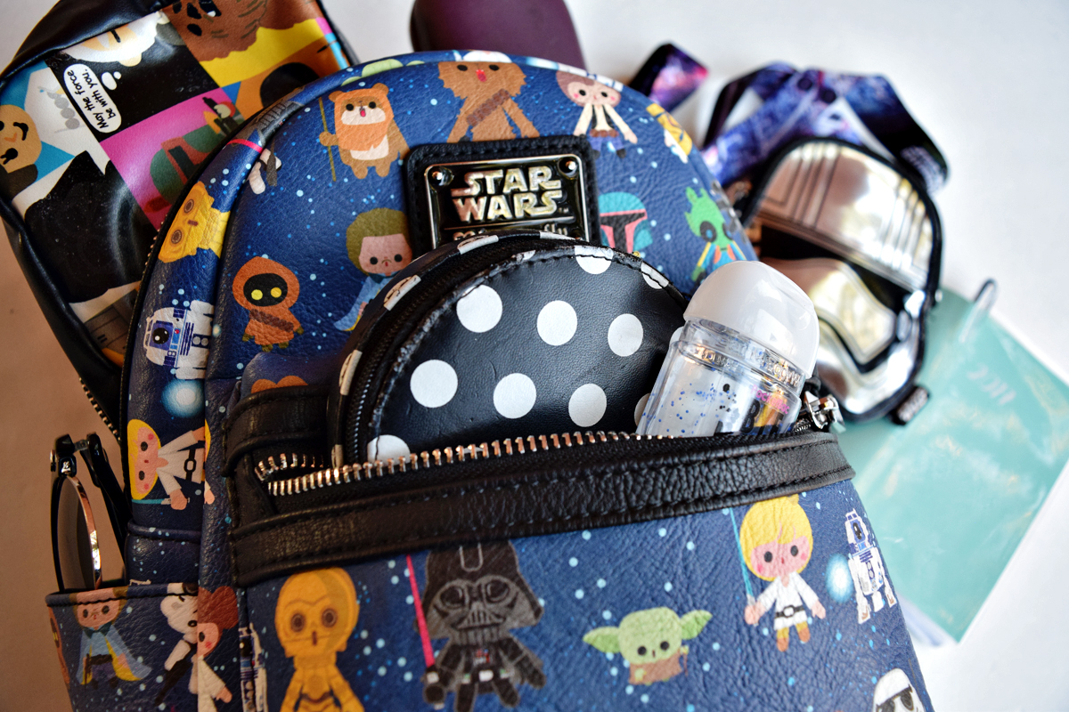 What's In My Star Wars Loungefly Backpack?| Anakin And His Angel
