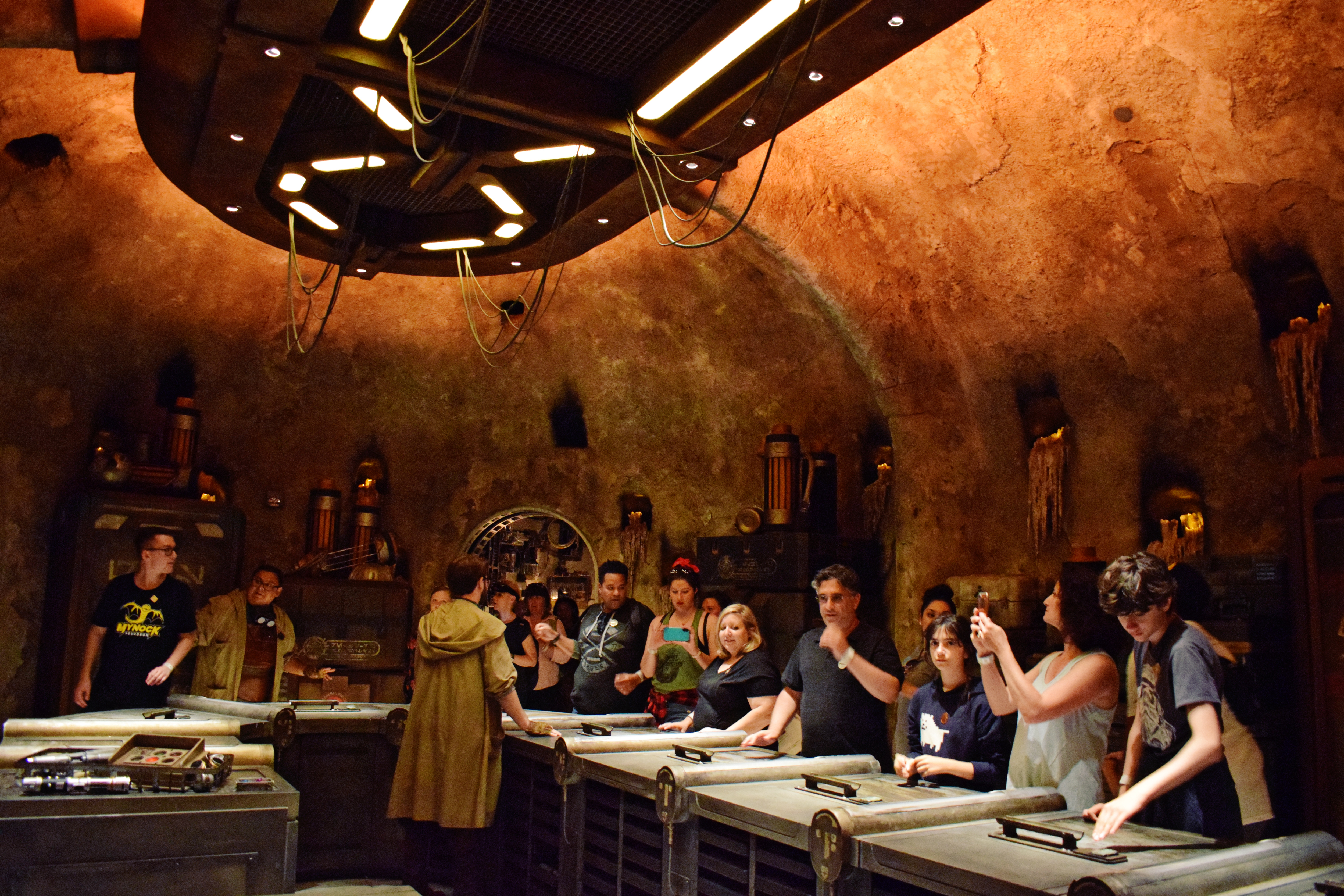 Star Wars: Galaxy's Edge - Savi's Workshop | Anakin and His Angel