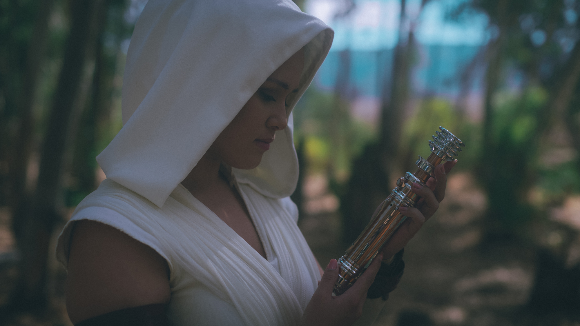 Star Wars Cosplay vs. Bounding - Featuring Rey from The Rise of Skywalker | Anakin and His Angel